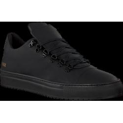 Zwarte NUBIKK sneakers.